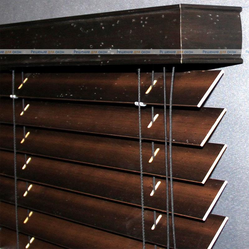 Жалюзи горизонтальные 50 мм, арт. Darc Brown Antic от производителя жалюзи и рулонных штор РДО